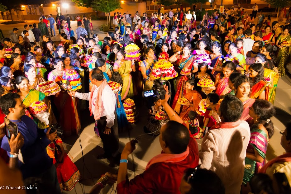 Bathukamma & Dasara Celebrations 2014 - More%2Bthan%2B200%2Bbathukamma%2BHuge%2Bcrowd.jpg