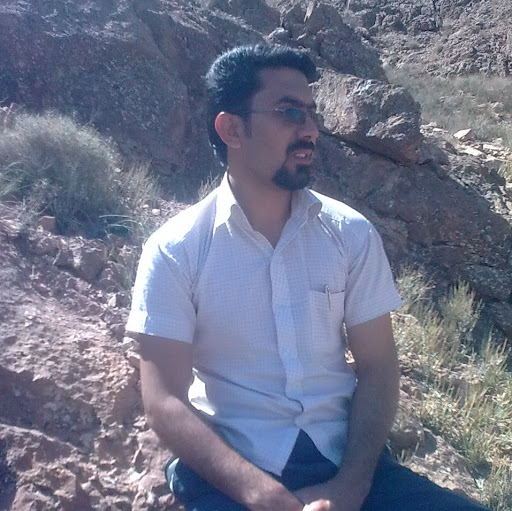 Mostafa Pakzad