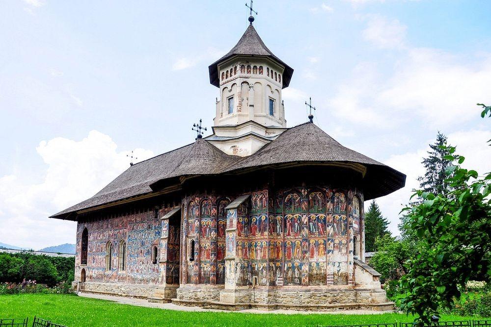 moldovita-monastery-2