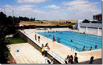 Parque-de-Campismo-de-Castro-Verde-piscina