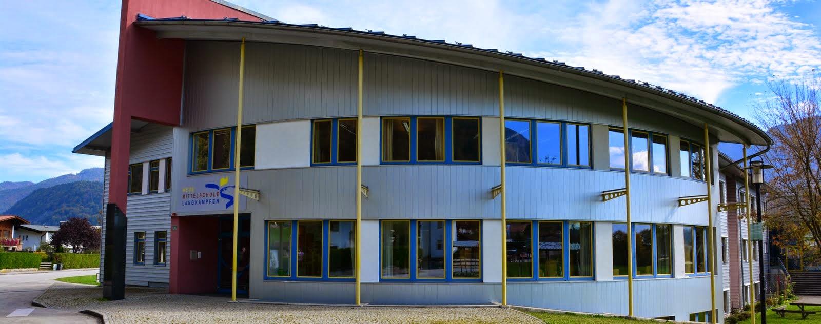 """Infos zum Schulstart im September in """"Downloads"""""""