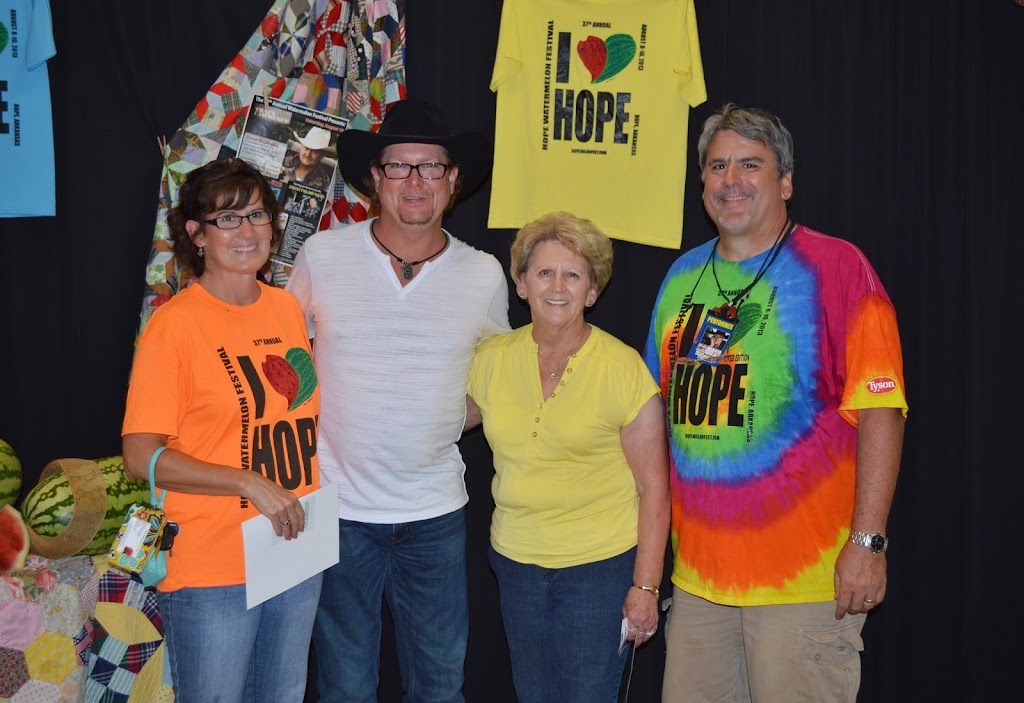 Tracy Lawrence Meet & Greet - DSC_2914.JPG