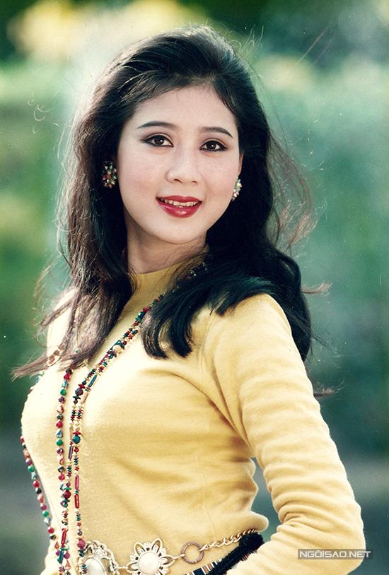 Diễm Hương xinh đẹp ngang với Việt Trinh những năm 90