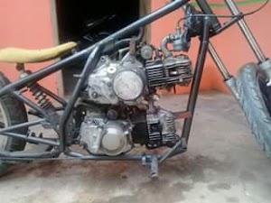 Kawzuki motor doubel mesin