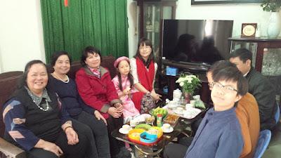 Đoàn Hà Nội đến chúc tết nhà Chi Bảo