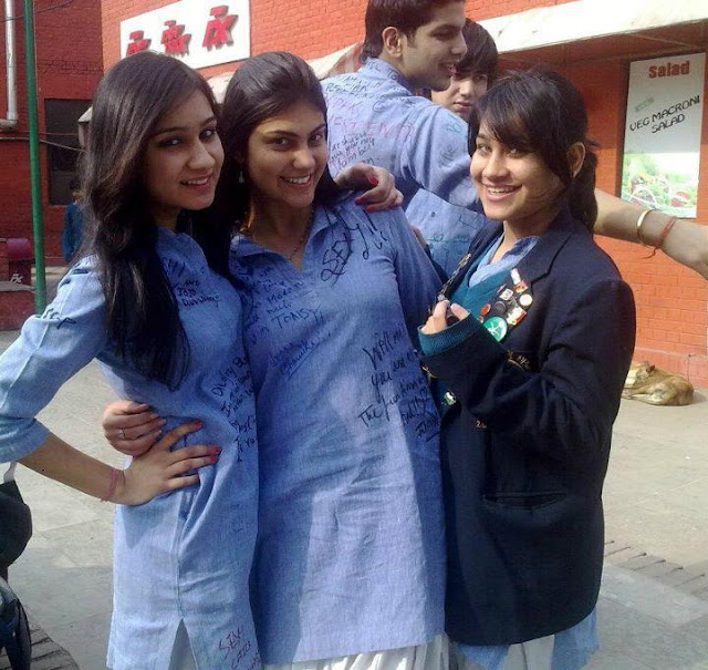 Pakistani college sexy girls