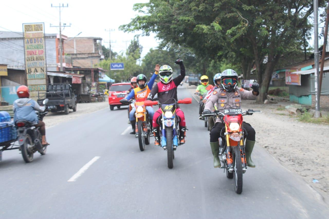 Kapolres Sergai Bersama PJU Pantau Situasi Kamtibmas Dengan Motor Trail