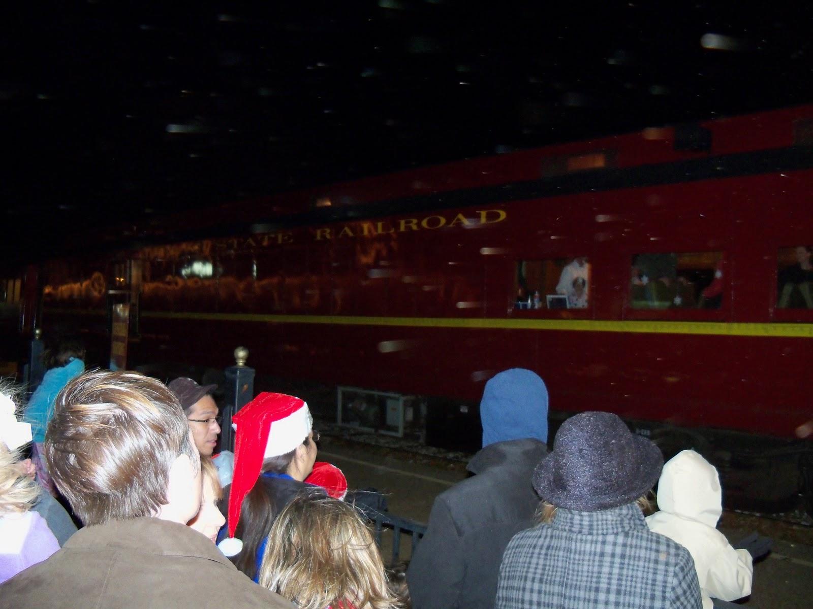 Polar Express Christmas Train 2010 - 100_6219.JPG