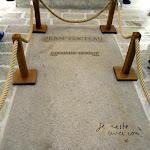 Chapelle Saint-Blaise-des-Simples : tombe de Jean Cocteau