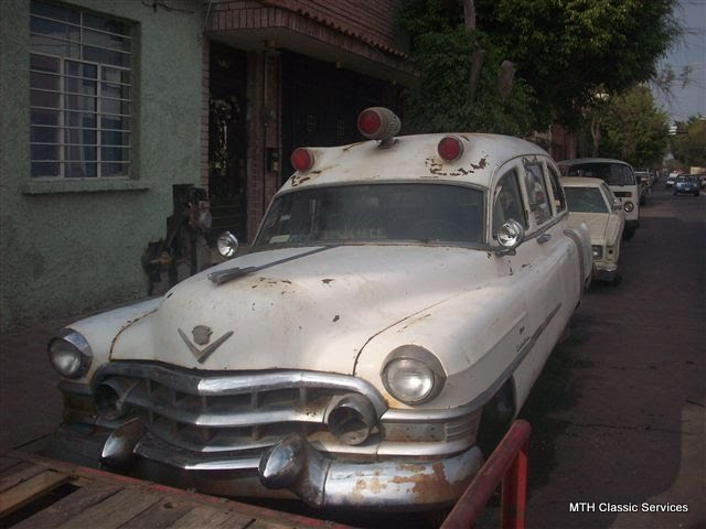 Ambulances, Hearses & Flowercars - 1951%2BCadillac%2Bambulance%2BMexico.jpg