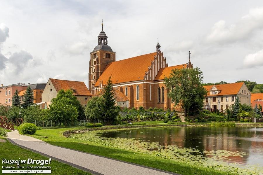 Czerwona Warmia - kościół w Barczewie