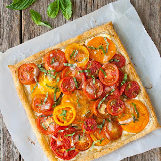 Tomato, Goat Cheese, and Caramelized Onion Tart