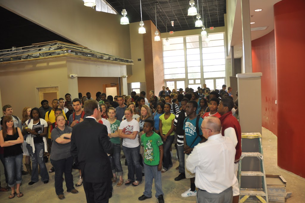 Genoa Central, Fouke, and Arkansas High visit UACCH-Texarkana - DSC_0125.JPG