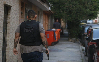 No Dia Internacional da Mulher polícia faz operação para prender agressores