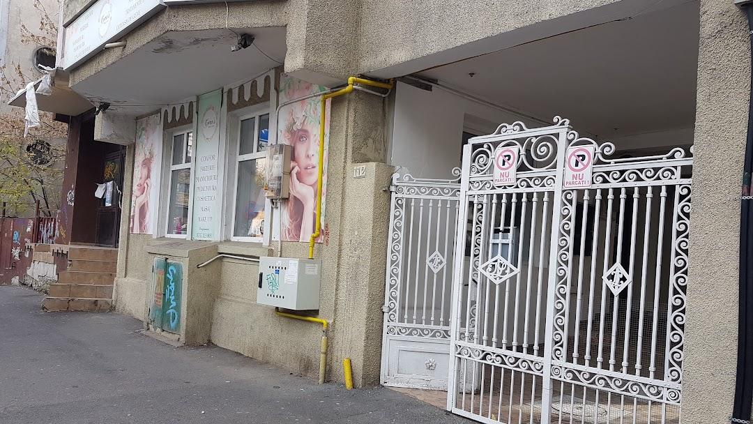 Coras Beauty Corner Beauty Salon In Sector 2 Zona Pietei Iancului