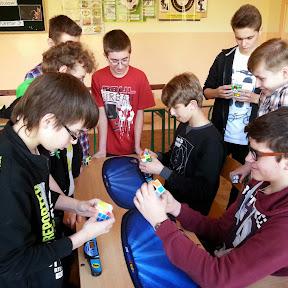 Szkolne zawody w układaniu kostki Rubika - 7 kwietnia 2014