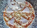 Pizza Capriciosa cu ciuperci preparare