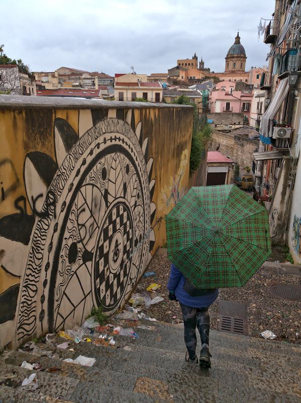Palermo cel plin de contraste, gunoaie, grafiti si monumente istorice nepretuite.