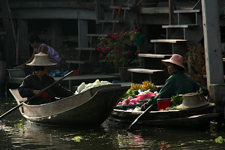 20090128_FloatingMarket