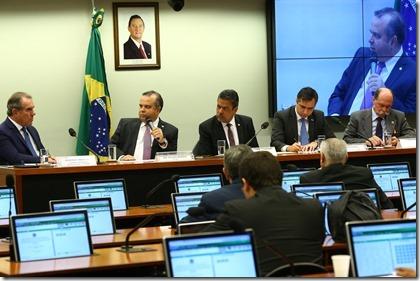Rogério na comissão planos de saúde _ Fotos Alexssandro Loyola (1)