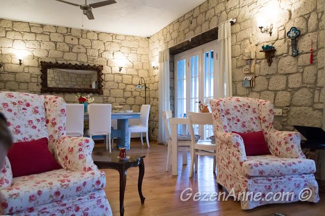 çay saati salonu, Asma Han otel Alaçatı