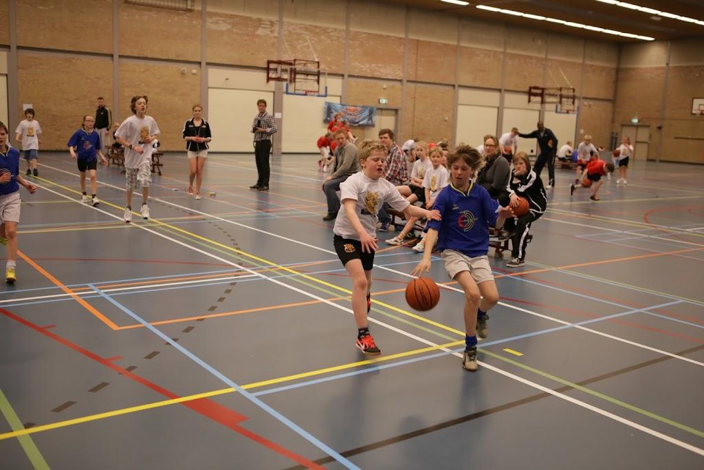 Basisschool toernooi 2013 deel 2 - IMG_2481.JPG