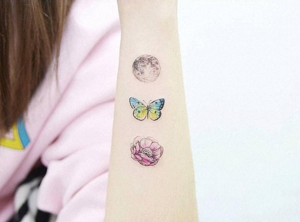 este_deslumbrante_lua_borboleta_e_a_flor_da_tatuagem
