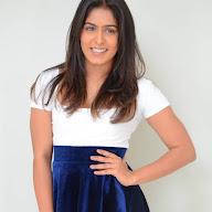 Samyuktha Hegde Photoshoot (5).jpg