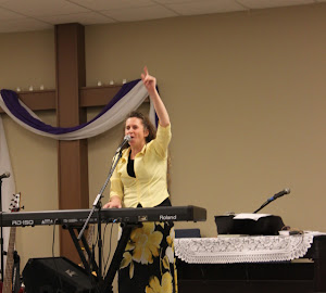 Susan under the anointing in Portland, TN.