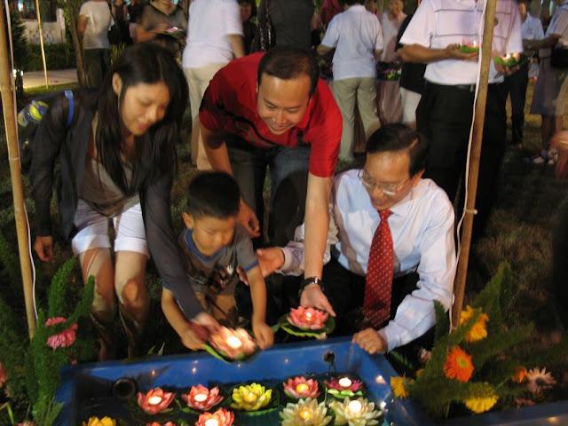 Charity- KWSH Moon Cake Festival 2010 - IMG_5942.jpg