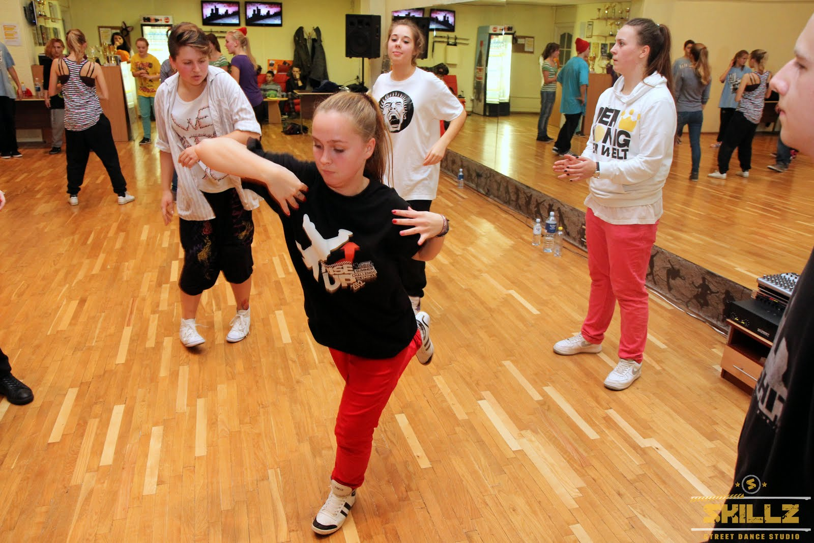 Hip- Hop workshop with Shaadow (UK) - IMG_1813.jpg
