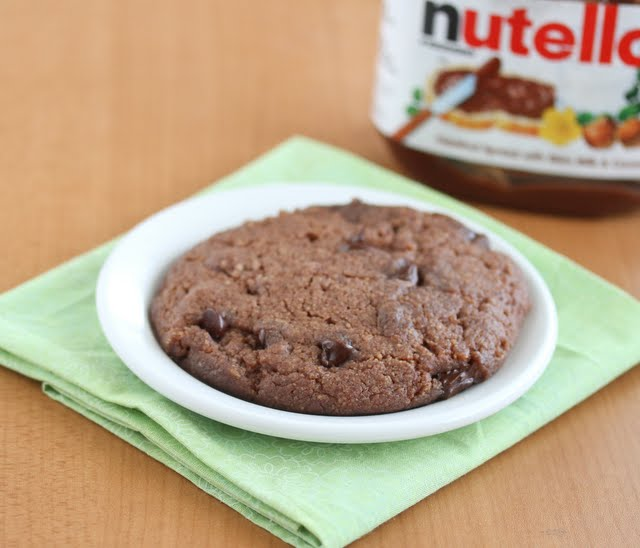5 Minute Nutella Cookie