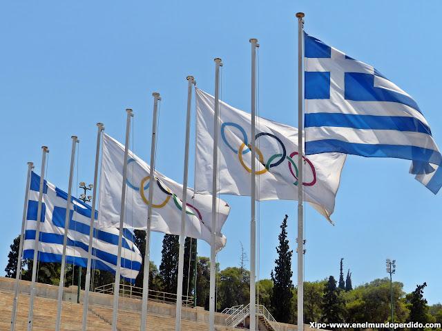 bandera-olimpica-estadio-panatenaico-atenas.JPG