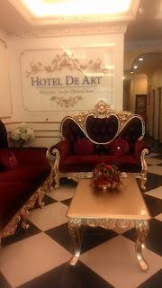 hoteldeart lobby