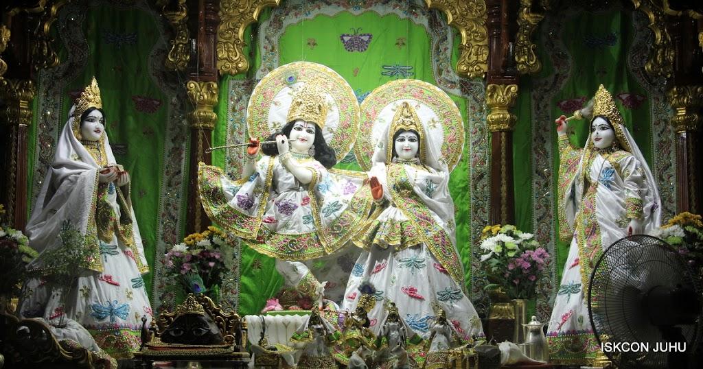 ISKCON Juhu Mangal Deity Darshan on 01st May 2016 (20)