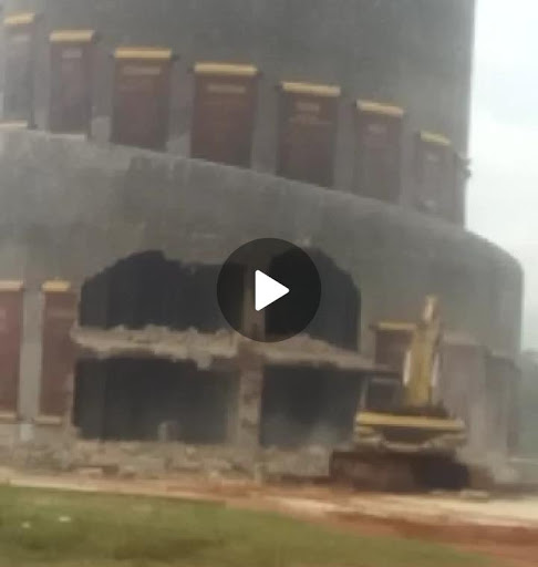 ''Just One Day In Office And You Are Already Lying'' - Nigerians Slam Imo State Governor, Ihedioha, For Saying He Is Not Aware Of The Monuments Destruction