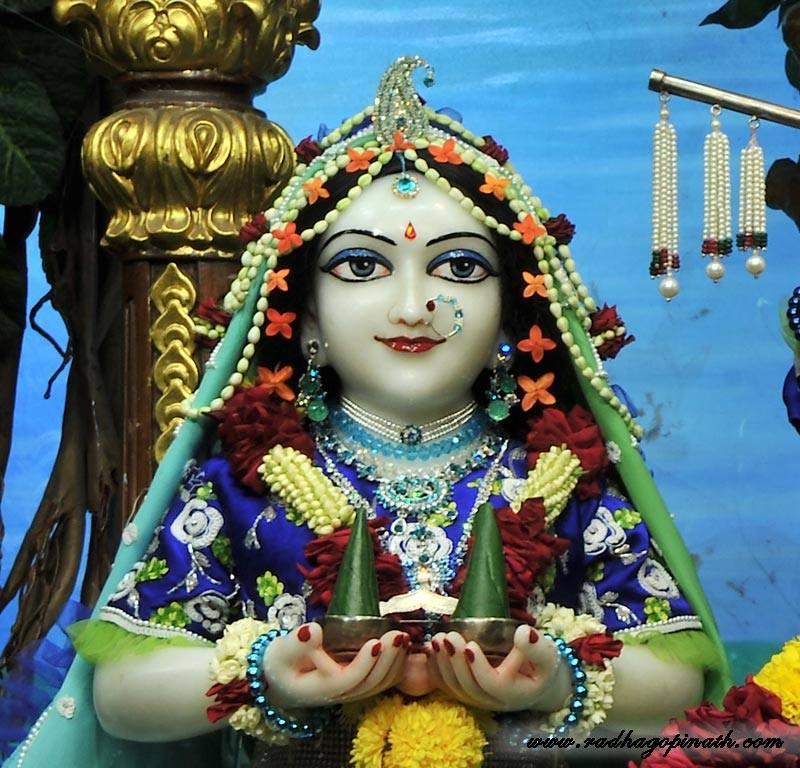 ISKCON Chowpatty Deity Darshan 22 Jan 2016 (18)