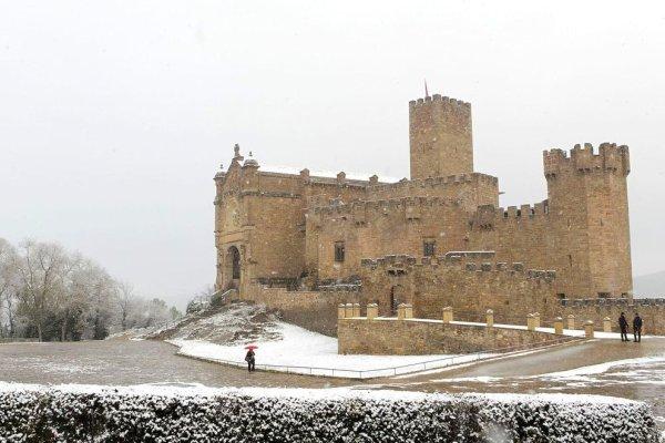 El castillo de Javier con nieve
