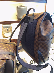 Additional unique features of the LV Runner backpack include a foam padding  at the back edc0a120473b5