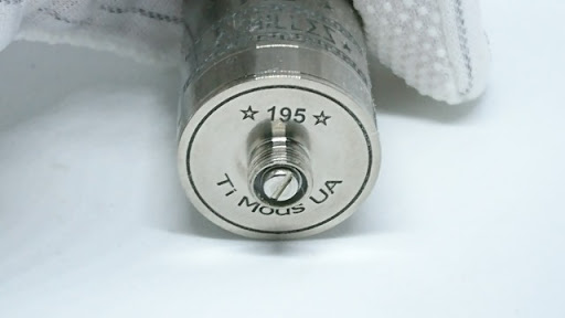 DSC 6448 thumb%255B2%255D - 【RDA】「ACHILLES II RDA by Titanium MODS」(アキレス2RDA)エングレービング付モデルレビュー!フルチタンボディで軽量、英雄アキレスの掘りが所有欲を満たしてくれるフレーバーチェイサー御用達モデル!【ドリッパー/フレーバー/電子タバコ】