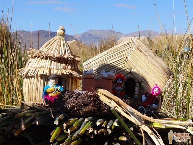 Lago Titicaca, islas de los Uros y Taquile
