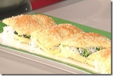 Quadrotti di sfoglia con erbe e formaggio