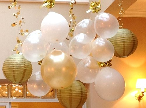 Decoração com balões prata e dourado