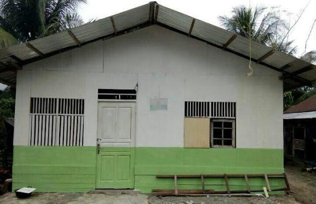Rumah sederhana untuk korban gempa pidie jaya aceh dari fpi