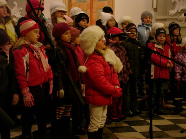 11.12.2012 Galakoncert v rámci 10. ročníku festivalu dětských pěveckých sborů - DSC06910.JPG