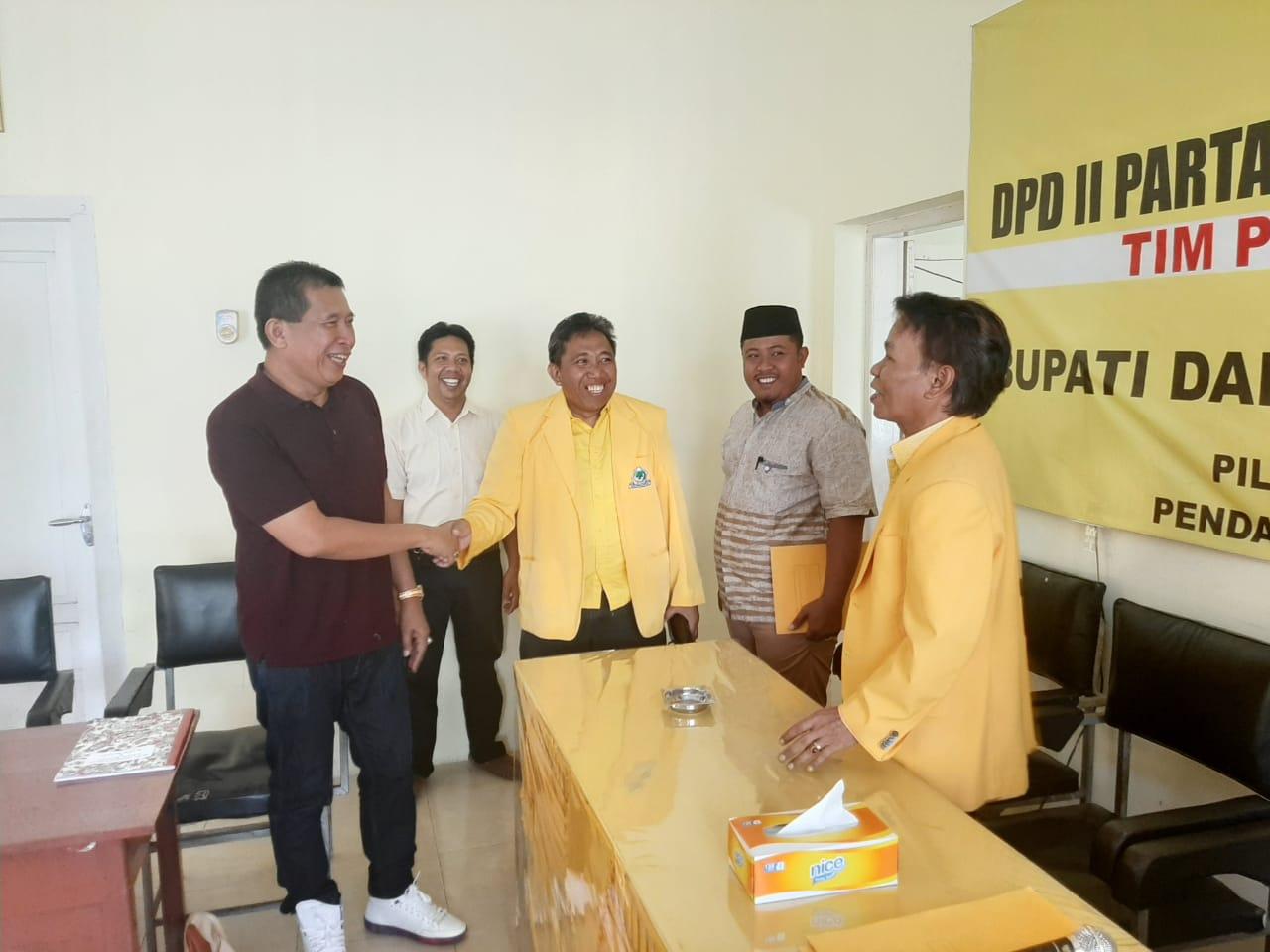 Aris Muhammadyah Balon Pertama  Kembalikan Formulir di Golkar Soppeng