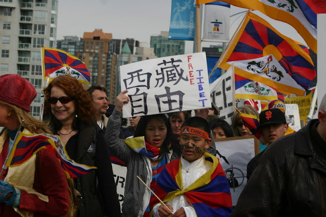 Global Protest in Vancouver BC/photo by Crazy Yak - IMG_0271.JPG