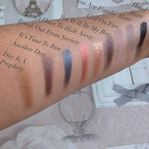 run-boy-run-eyeshadow-swatches