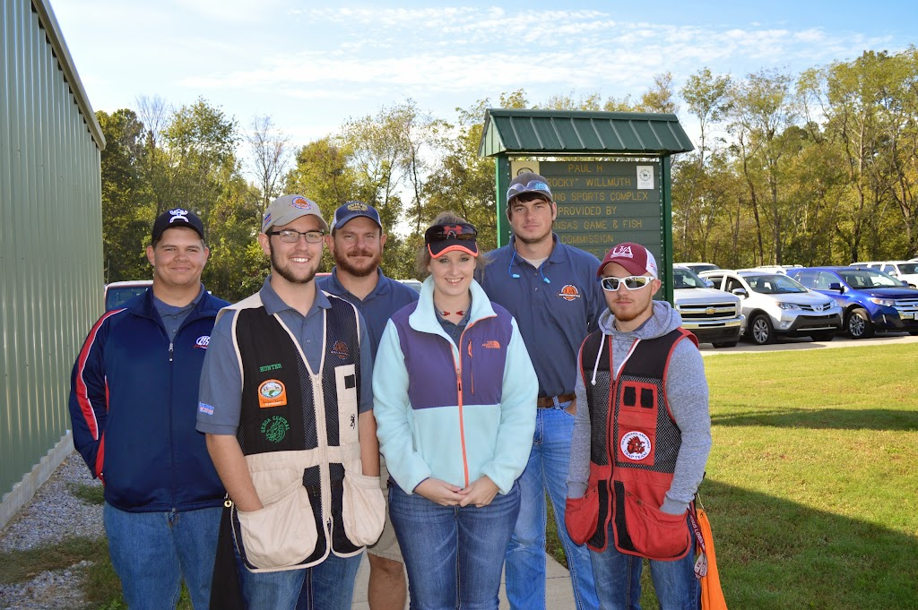 Lyon College Trap Shoot - DSC_6341.JPG