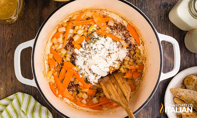 olive garden copycat soup ingredients in pot